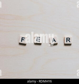 Schreiben Blöcke Rechtschreibung das Wort 'Furcht' - Stockfoto