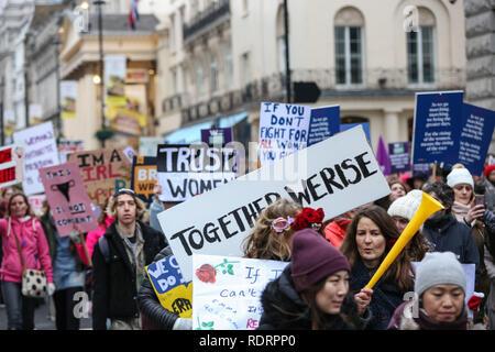 London, UK, 19. Jan 2019. Tausende von Frauen (und Männern) Rallye in London wieder Protest für die Gleichstellung der Frauen und den Schutz der Rechte der Frauen. Der London März setzt der aus Portland Square und endet mit einer Kundgebung auf dem Trafalgar Square. Am gleichen Tag, ähnliche Proteste in vielen Städten rund um den Globus. Credit: Imageplotter Nachrichten und Sport/Alamy leben Nachrichten - Stockfoto