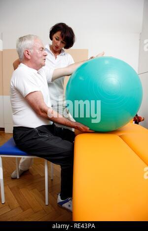 Physiotherapie, Physikalische Therapie Abteilung in einem Krankenhaus, stationäre und ambulante Behandlung von Patienten, Gelsenkirchen - Stockfoto