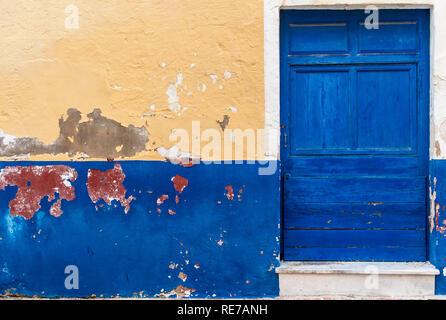 Menorca - 25. SEPTEMBER: vintage Tür in Ciutadella, Menorca Insel, auf September 25,2018. - Stockfoto