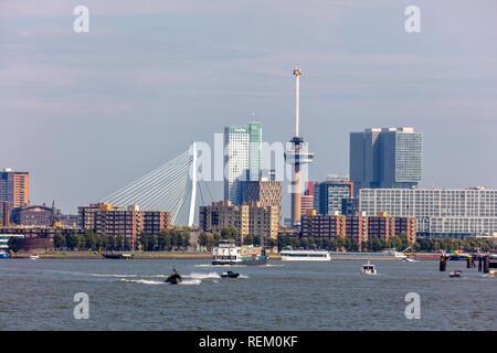 Die Niederlande, Rotterdam, Rotterdam, Hafen. Skyline. - Stockfoto
