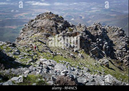 Die Arangieskop Trail in der Nähe von Robertson, Western Cape ist eine robuste 2-Tages Trail, Wanderer führt durch den Langebergen in Südafrika - Stockfoto
