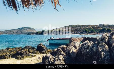 Ksamil Strand, Saranda, Albanien, Albanische Riviera, schöne Seascape - Stockfoto