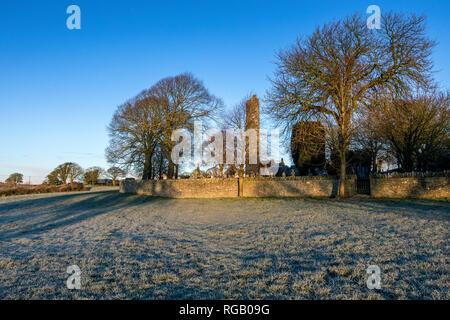 Winter Szene in Monasterboice, County Louth, Irland - Stockfoto