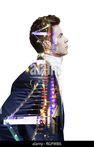 Double Exposure Effekt von Mann und Panoramablick auf die moderne Skyline der Stadt. Business Konzept, Information, Kommunikation, Anschlusstechnik.