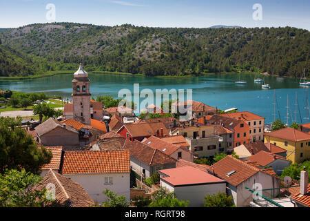 Skradin und den Fluss Krka, von der alten Burg, Šibenik-Knin, Kroatien gesehen - Stockfoto