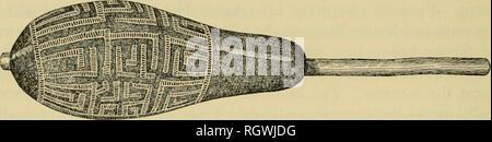 . Bulletin. Ethnologie. 790 INDIOS [B.A.E. Bull. 143 ihre Rinde - Tuch Trauer Masken und in der reahstic Darstellung von Fischen (pi. 102, Mitte) und Vögel, entweder auf Holz gemalt oder aus Palmblättern gebaut. Kürbis Rasseln sind mit genipa Farbstoff geschwärzt und sind. Abbildung 113.- Cuheo graviert Kürbis Rassel. eingeschnitten; hohl Stanzen Rohre werden auch in aufwändigen Muster eingeschnitten. Geometrische und anthropomorphen Designs, in Weiß, Gelb und Dunkelrot, sind auf Haus Beiträge in einigen Teilen der Nordwestlichen Amazonasgebiet (Bild gemalt. 114).. Bitte beachten Sie, dass diese Bilder aus scanne extrahiert werden - Stockfoto