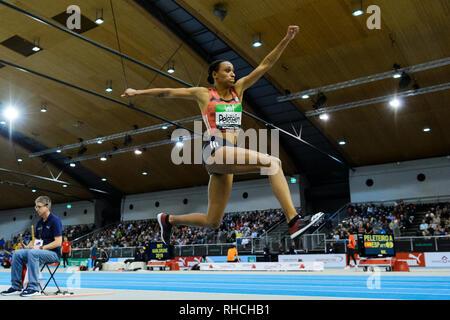 Karlsruhe, Deutschland. 02 Feb, 2019. Sieger Dreisprung: Ana Peleteiro (ESP). GES/Leichtathletik/IAAF Indoormeeting Karlsruhe, 02.02.2019 | Verwendung der weltweiten Kredit: dpa/Alamy leben Nachrichten - Stockfoto