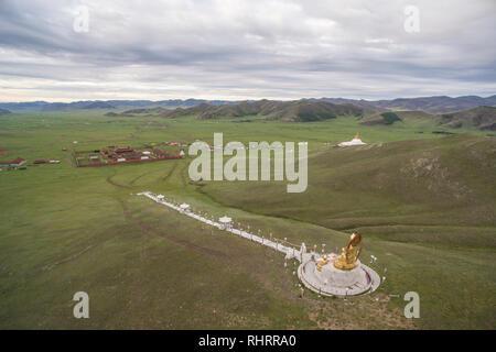 Anzeigen von Amarbayasgalant Kloster von oben. Mount Baruunburen Buren-Khaan, Bezirk, Provinz Selenge, Mongolei. - Stockfoto
