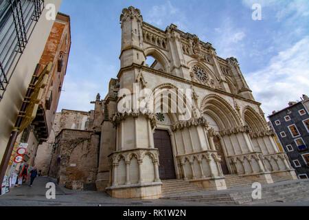Cuenca, Spanien, Februar 2017: Die gotische Kathedrale von Cuenca in Spanien die Basilika Unserer Lieben Frau von Gnade berufen - Stockfoto