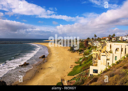 Luxus Wohnungen über Corona Del Mar State Beach n Kalifornien - Stockfoto