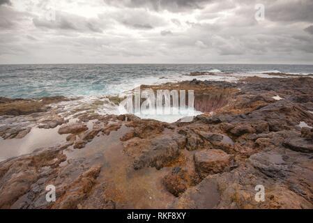 Blasloch, Bufadero De La Garita in Telde, Gran Canaria, Kanarischen Inseln, Spanien. - Stockfoto