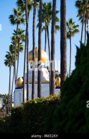 Self Realisation Fellowship Gebäude an der Hauptstraße von Encinitas California - Stockfoto