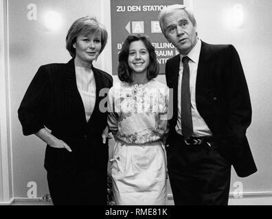 Claudia Ruehmann, Enkelin von Heinz Ruehmann, und ihr ...