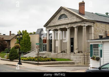 Fassade des Historischen Museums für die Pilger, die Landung in Plymouth mit der Mayflower. - Stockfoto