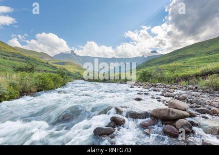 Tugela River in den Drakensbergen - Stockfoto
