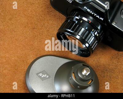Vintage Collectible Pentax SLR Auto 110 Kamera.