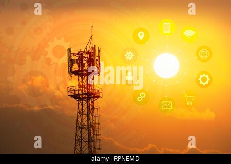 Telekommunikation mast TV Antennen Wireless Technologie mit Symbol für Technologie und Kopieren. - Stockfoto