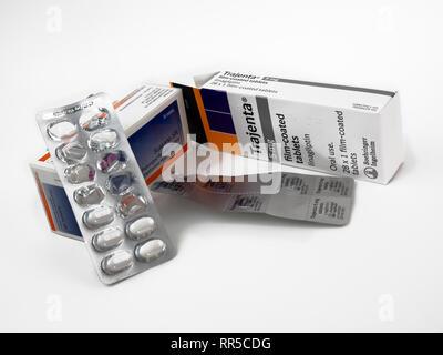 Slow Release Metformin und linagliptin (Trajenta) Medikamente für Diabetes Typ 2 - Stockfoto
