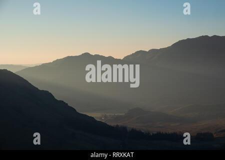 Crepescular Morgenlicht im Little Langdale (Nahaufnahme), Lake District, Großbritannien - Stockfoto