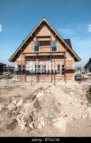 Bulgarien, Plovdiv, Einfamilienhaus im Bau - Stockfoto