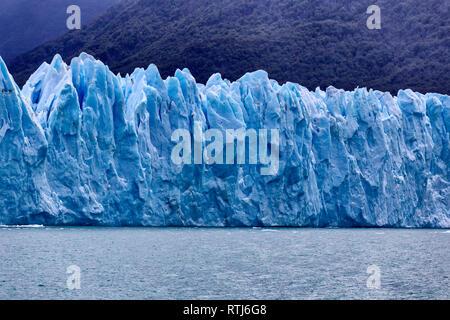 Perito Moreno Gletscher, Nationalpark Los Glaciares, Patagonien, Lago Argentino, Provinz Santa Cruz, Argentinien - Stockfoto