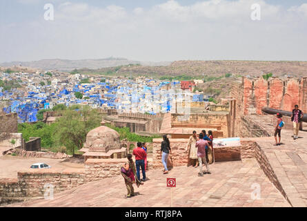 - Die blaue Stadt Jodhpur. Rajasthan, Indien - Stockfoto