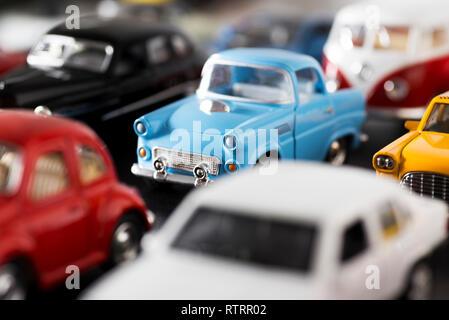 18 Cars impilati One IzmirTurchia And aprile 2018Toy c4j5ASRL3q