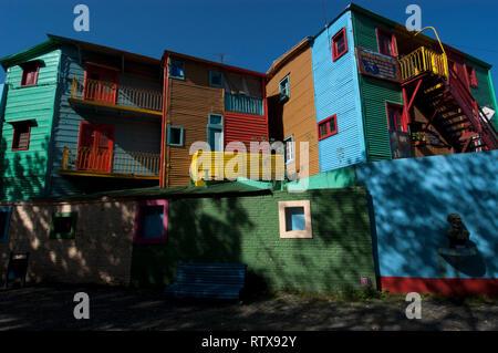 Häuser von El Caminito, artsy Stadtteil von Buenos Aires, Argentinien - Stockfoto
