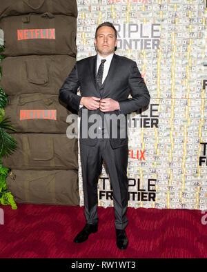Ben Affleck bei der Premiere des Films Triple Frontier bei Jazz at Lincoln Center in New York City statt. - Stockfoto