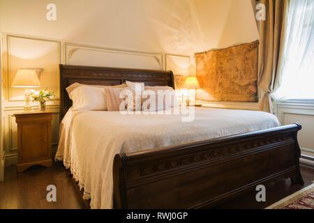 ... Amish Gemacht King Size Bett Mit Kopfteil Aus Holz, Trittbrett, Im  Schlafzimmer In Der