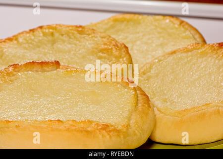 Essen Foto köstliche, frisch gebackene Käsetorte mit Quark - Stockfoto