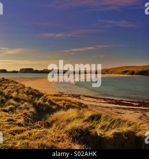 St. Ninians Isle Tombolo Strand - Stockfoto