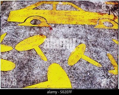 Zeichnung eines Autos mit flachen Reifen, Whitechapel, London - Stockfoto