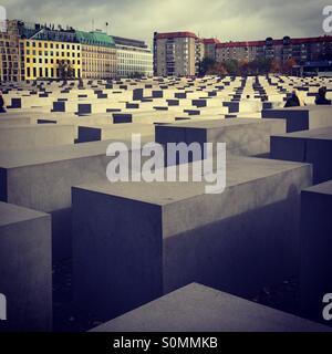 Herbst in Berlin. Holocaust-Mahnmal. - Stockfoto