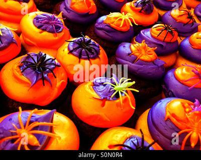 Gruselige cupcakes - Stockfoto