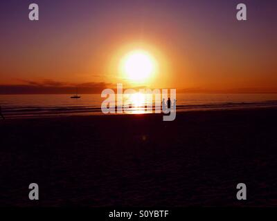 Sonnenuntergang über Fort Myers Beach in Florida - Stockfoto