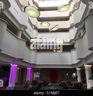 Atrium von Pullman Hotel Albert Park, Melbourne, Australien - Stockfoto