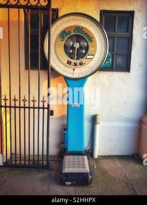 Altmodische Waage auf Penarth Pier. - Stockfoto