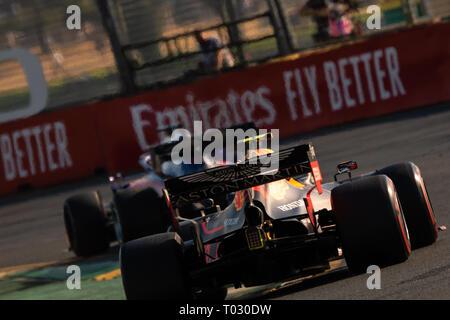 Melbourne, Australien. 17. März 2019. Pierre GASLY 10 fahren für ASTON MARTIN RED BULL RACING in der Formel 1 Rolex Grand Prix von Australien 2019 im Albert Park See, Australien am 17. März 2019. Credit: Dave Hewison Sport/Alamy leben Nachrichten - Stockfoto