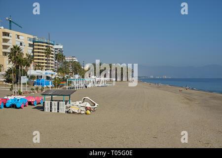 Strand Bajondillo. Torremolinos, Málaga, Spanien. - Stockfoto