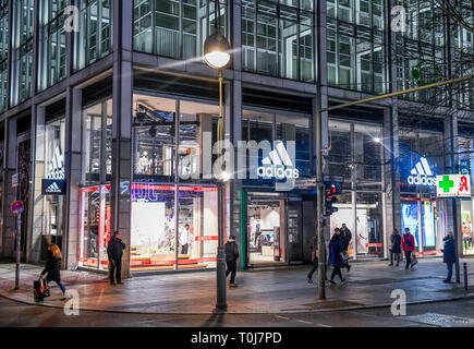 Adidas, Tauentzien, Charlottenburg, Berlin, Deutschland, Deutschland - Stockfoto
