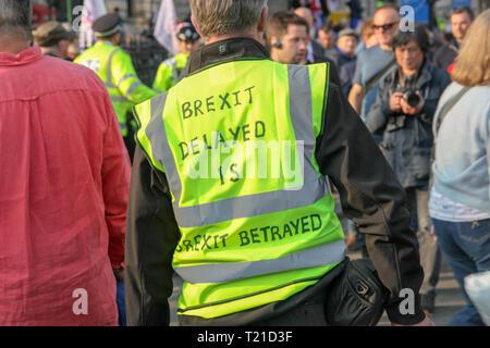 London, Großbritannien. 29. Mär 2019. Pro-Brexit Demonstranten protestieren Brexit Verzögerung Credit: Alex Cavendish/Alamy leben Nachrichten - Stockfoto
