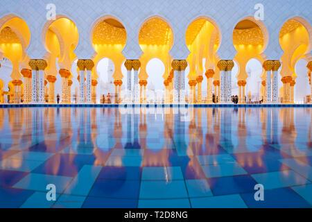 Sheikh Zayed Grand Moschee, Abu Dhabi, Vereinigte Arabische Emirate