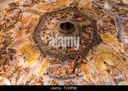 Das Innere des Doms in Florenz, Toskana, Italien. Bild Datum: Freitag, Februar 22, 2019. Foto von Christopher Ison © - Stockfoto