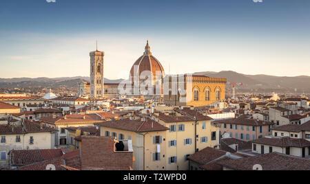 Am frühen Morgen Blick auf den Dom in Florenz, Toskana, Italien. Bild Datum: Sonntag, 24. Februar 2019. Foto von Christopher Ison © - Stockfoto