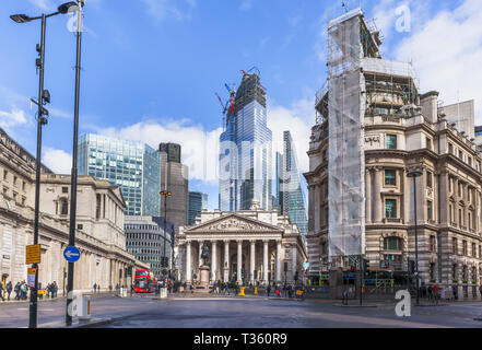 Kern der teilweise verglast 22 Bishopsgate im Bau in der City von London Financial District von Tower 42, der Cheesegrater und Royal Exchange - Stockfoto