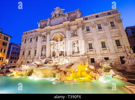 Rom, Italien. Trevi-Brunnen (Fontana di Trevi) berühmteste Brunnen Roms. - Stockfoto