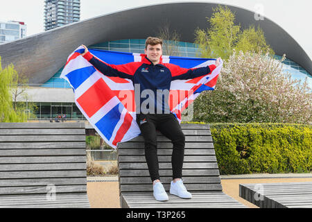London, Großbritannien. 11 Apr, 2019. Matty Lee von Großbritannien stellt für Portrait während der Großbritannien Diving Team Launch Event in London Aquatics Center am Donnerstag, den 11. April 2019. London England. Credit: Taka G Wu/Alamy leben Nachrichten - Stockfoto