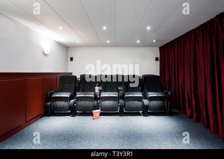 Leere Sitze in Heimkino - Stockfoto